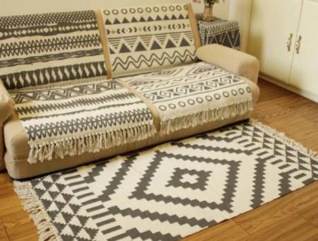שטיח שטיחים שחור לבן אקססוריז לבית קניות לבית asos ebay fashanga טרנד אופנה home decor