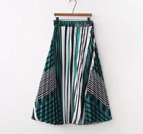 שמלת פסים ירוקה מנגו