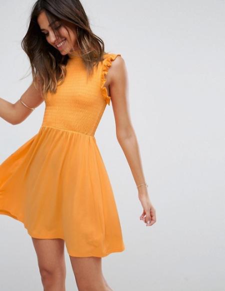 asos שמלה צהובה כפלים כיווצים אסוס