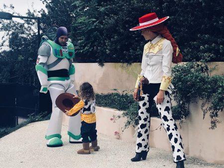 תחפושת משפחתית צעצוע של סיפור ג'סיקה בייל ג'סטין טימברלייק פורים האלווין costume halloween justin jessica פשנגה