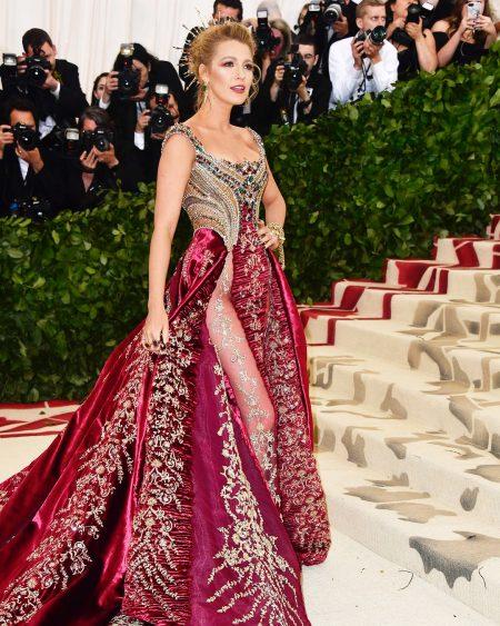 בלייק ליבלי מט גאלה 2018 שמלה met gala nyc סלבס