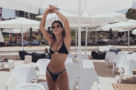 פשנגה קיץ בגד ים חם חופשה מים אופנה אינסטגרם פרופיל פיד רעות זנטקרן